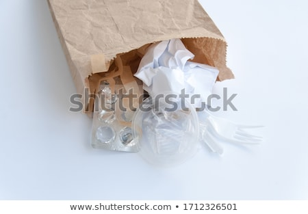 homme · recyclage · centre · vieux · journaux · heureux - photo stock © monkey_business
