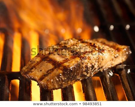 Foto stock: Peixe · grelha · chamas · horizontal · comida · mão