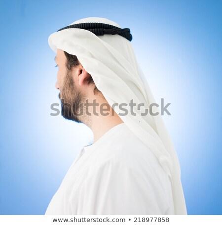 arabisch · man · traditioneel · kleding · hoofddoek · wiel - stockfoto © zurijeta