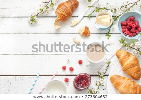 rural · desayuno · croissant · frescos · taza · café - foto stock © YuliyaGontar