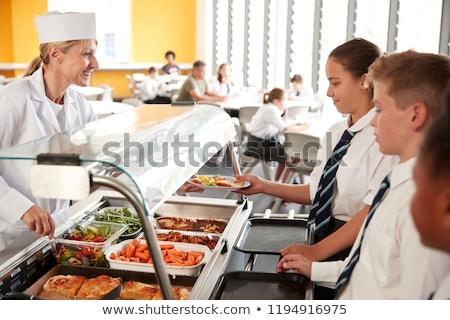 middelbare · school · studenten · eten · school · cafetaria · meisje - stockfoto © monkey_business