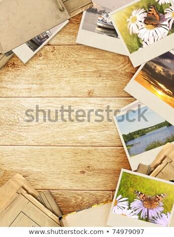 ricordi · soffitta · vintage · retro · wallpaper · piano - foto d'archivio © newt96