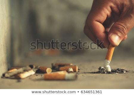 Sigaret asbak geneeskunde stress vrijheid vlam Stockfoto © photography33