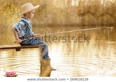 küçük · erkek · olta · çubuk · oturma · göl - stok fotoğraf © photography33