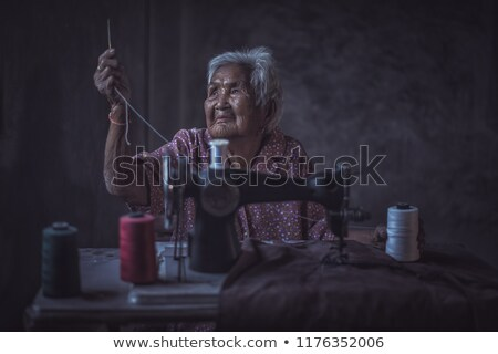 Maszyny do szycia odizolowany biały kobieta tle Zdjęcia stock © papa1266