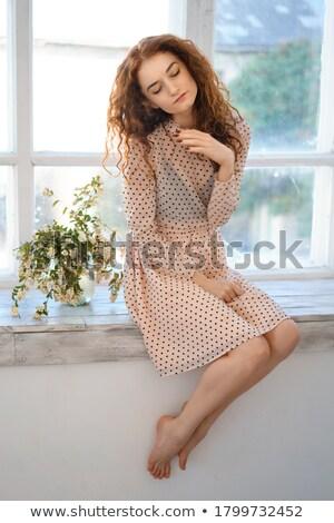 schoonheid · sensueel · vrouw · gezicht · boeket · bloemen · mooi · meisje - stockfoto © amok