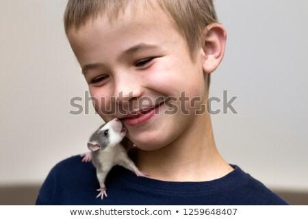 Cute nino hámster hombro feliz nino Foto stock © alexandrenunes