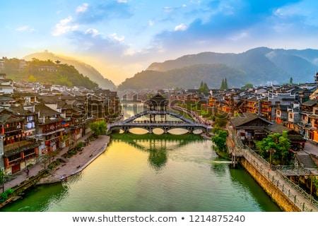 agua · ciudad · China · vista · barco · hombre - foto stock © vichie81