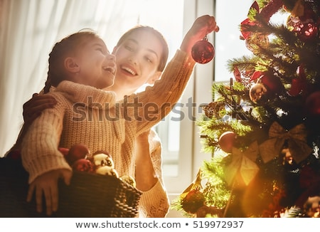 meisje · venster · christmas · cute · weinig · kind - stockfoto © dashapetrenko
