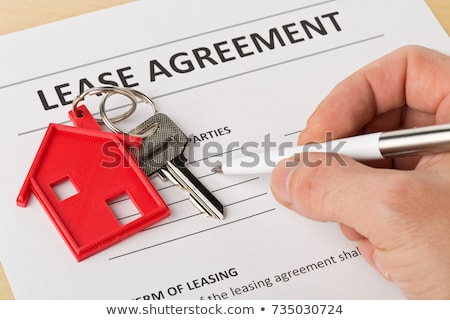 Hypothèque accord papier chaîne hommes Photo stock © devon