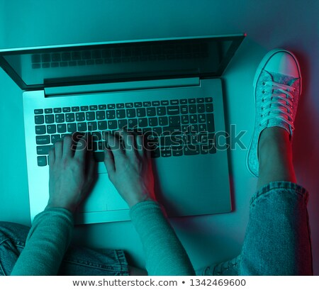 Komputera kradzież laptop noc działalności garnitur Zdjęcia stock © blasbike