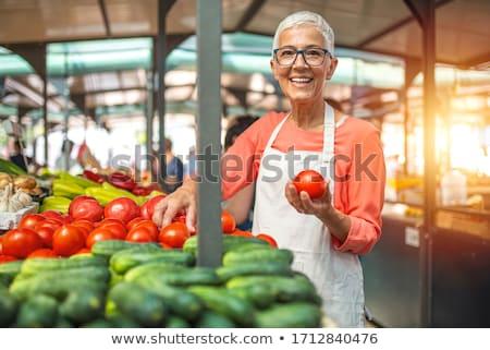 senior · vrouw · kopen · vers · organisch - stockfoto © boggy