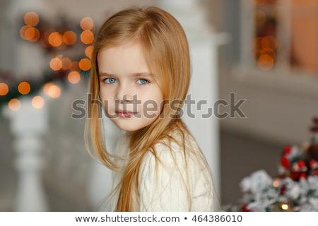 Küçük kız fener ev Noel tatil çocukluk Stok fotoğraf © dolgachov