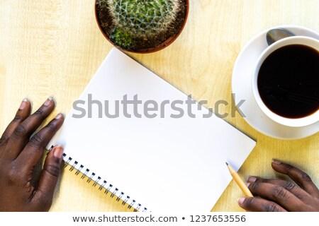kadın · el · yazı · notepad · fincan · kahve - stok fotoğraf © illia