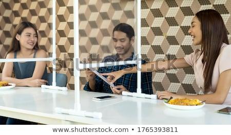 Asian dorosły jedzenie na zewnątrz wraz nowego Zdjęcia stock © vichie81