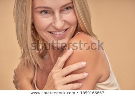 noir · beauté · sur · mains · séduisant · amour - photo stock © wavebreak_media