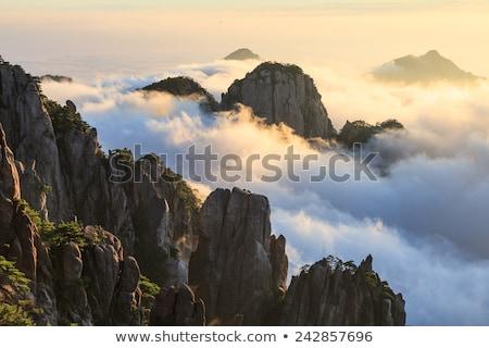 岩 岩 山 中国 空 顔 ストックフォト © craig