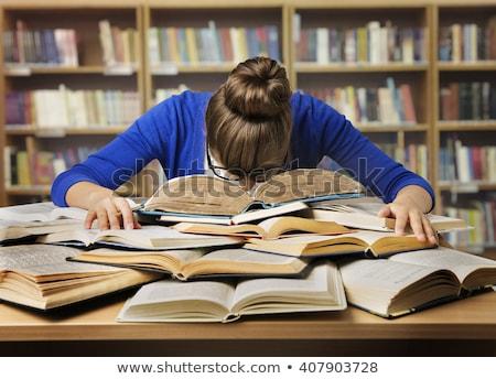 vervelen · vrouwelijke · student · bibliotheek · meisje · boek - stockfoto © photography33