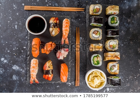 sushis · plateau · alimentaire · asian - photo stock © yuliang11