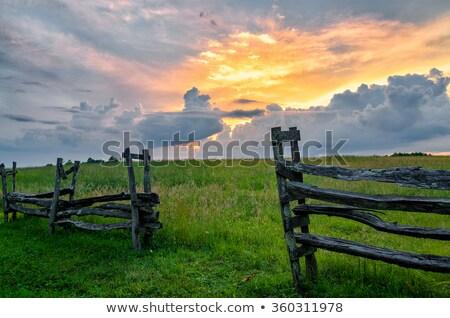 çit gönderemezsiniz dramatik gökyüzü çöl mavi gökyüzü Stok fotoğraf © jkraft5