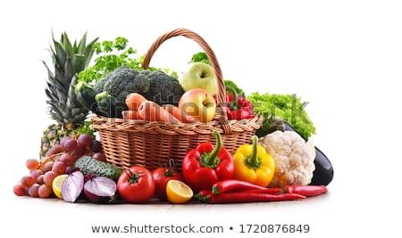 cesta · de · la · compra · frutas · hortalizas · aislado · blanco · foto - foto stock © stevemc