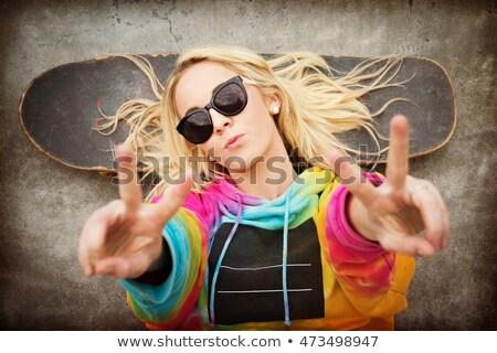 Pokoju podpisania strony portret nastolatek Zdjęcia stock © ambro