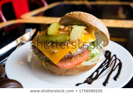 ランチタイム ハンバーガー ビッグ ジューシー 準備 食欲 ストックフォト © shivanetua