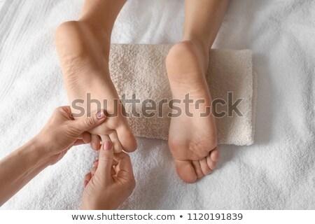 işaret · parmağı · masaj · ayak · oda · tıbbi · sağlık - stok fotoğraf © wavebreak_media