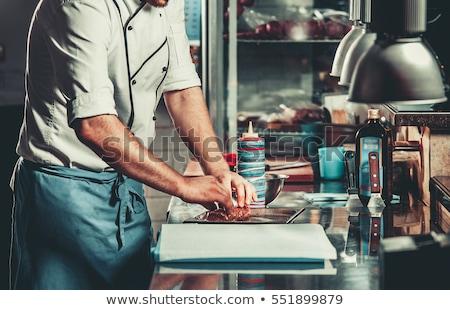 mulher · cozinhar · carne · alto · churrasqueira · quintal - foto stock © rastudio