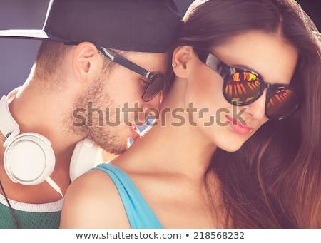 привязчивый · пару · целоваться · кровать · семьи · домой - Сток-фото © pilgrimego