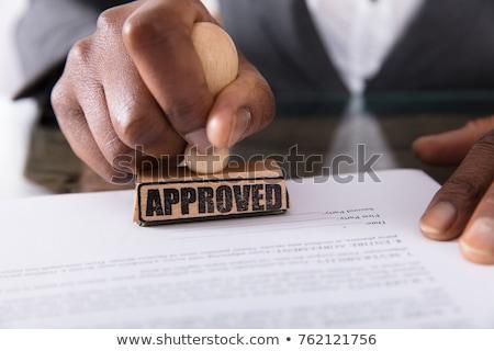imprenditrice · approvato · contratto · carta · desk · immagine - foto d'archivio © andreypopov