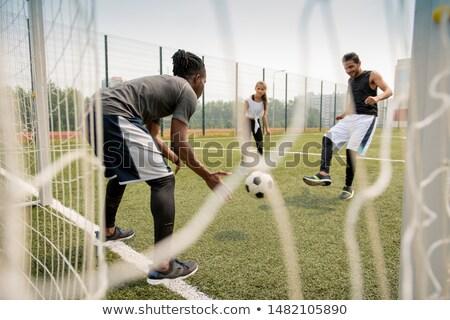 Футбол · вратарь · вратарь · указывая · команда - Сток-фото © pressmaster