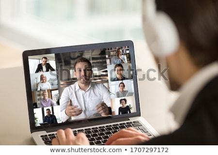 Zespołu wzajemne oddziaływanie ludzi spotkanie internetowych Zdjęcia stock © robuart