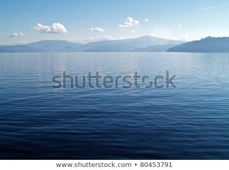 Berg meer diep blauwe hemel water vliegtuig Stockfoto © Frankljr