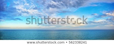 Gyönyörű kék tengerpart panorámakép tenger kilátás Stock fotó © macsim