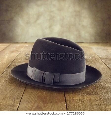 Siyah fötr şapka eski şapka yalıtılmış beyaz Stok fotoğraf © taviphoto