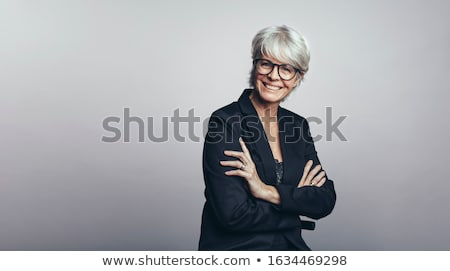 portret · vrolijk · lachend · zakenvrouw · pak - stockfoto © filipw