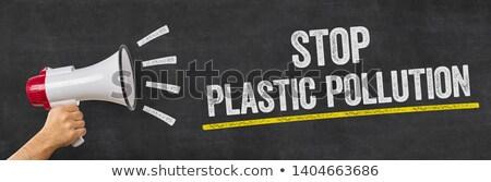 Człowiek megafon stop plastikowe zanieczyszczenia Zdjęcia stock © Zerbor