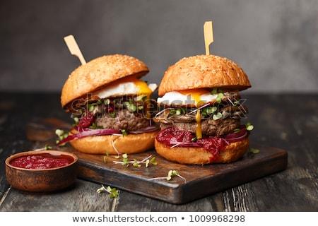 Bbq Hamburger Essen Hand Feuer Natur Stock foto © Lopolo