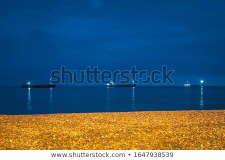 Zdjęcia stock: Trzy · ładunku · statków · horyzoncie · wygaśnięcia · mętny