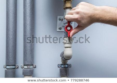 água · válvula · mãos · trabalhos · domésticos · trabalhar - foto stock © stevanovicigor