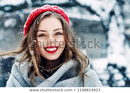 красивой · Lady · красный · берет · назад · Постоянный - Сток-фото © svetography