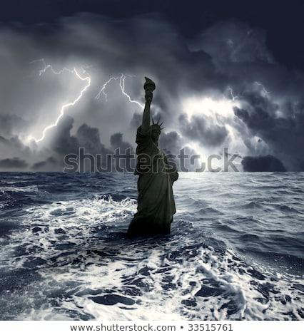 Heykel özgürlük okyanus gün batımı deniz Stok fotoğraf © tilo