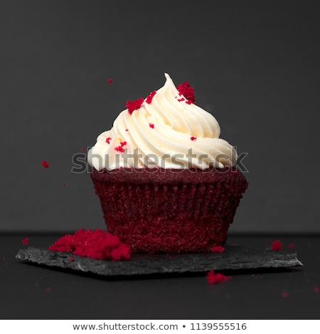 Gyönyörű piros bársony minitorta desszert valentin nap Stock fotó © Melnyk