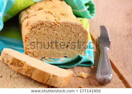Frescos horno sin gluten pan tabla de cortar cocina Foto stock © Melnyk