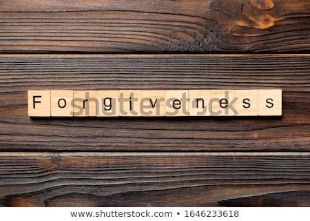 Wort Mitgefühl Herz zerrissenes Papier handschriftlich hinter Stock foto © ivelin