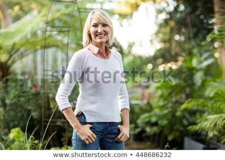 Fókuszált érett nő szabadtér portré gyönyörű néz Stock fotó © roboriginal