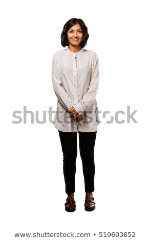 Tienermeisje lachend permanente geïsoleerd witte glimlach Stockfoto © zurijeta
