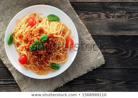 Foto d'archivio: Spaghetti · giovane · ragazza · mangiare · home · studio · verde