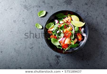 Spinazie tomaat salade witte plaat Stockfoto © Lana_M